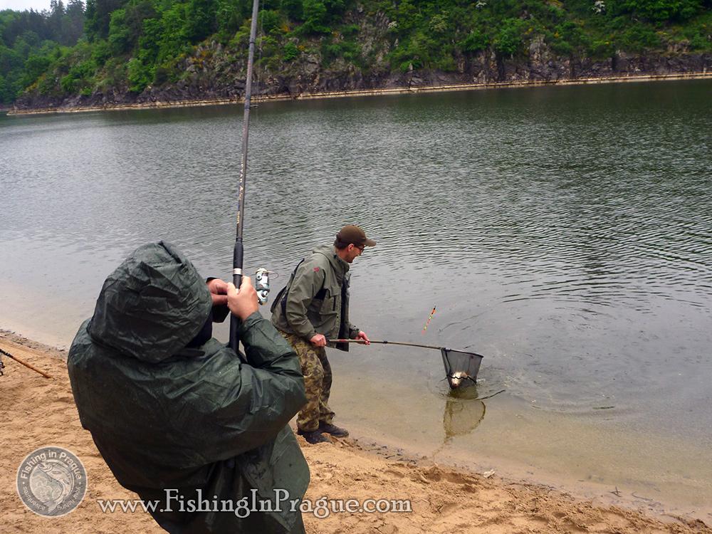 ловля с поплавком на большой глубине