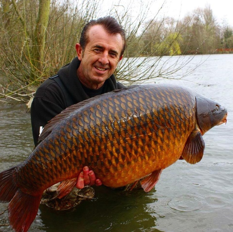Frank WARWICK with one of his amazing carps